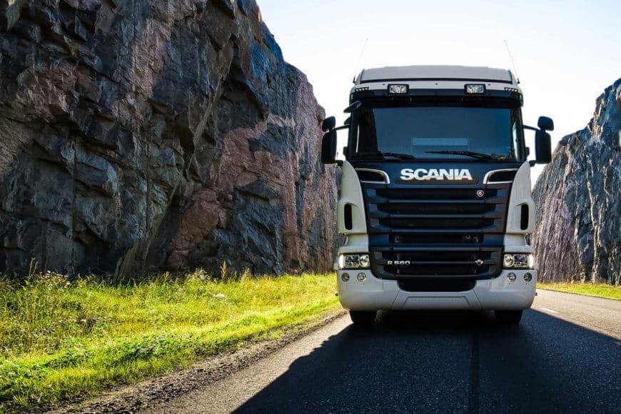 Peltonen Trucks ilme ja verkkosivusto