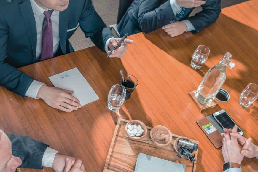 Uskottava yritysilme yritys- ja rahoitusjärjestelyiden ammattilaisille